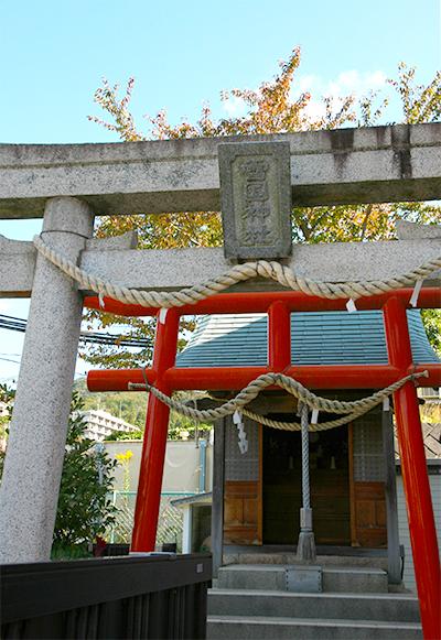 雪国神社.jpg