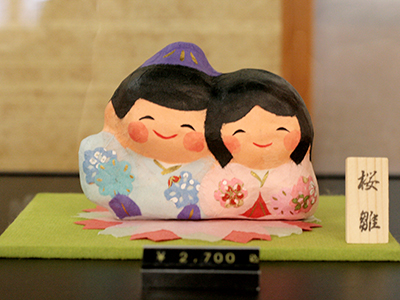 お土産処-雛飾り2.jpg