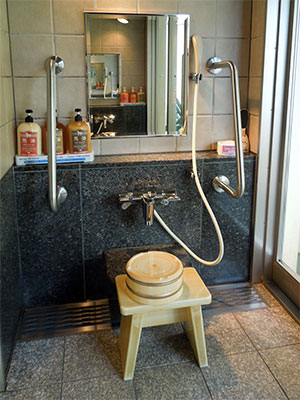 貸切露天風呂 洗い場.jpg