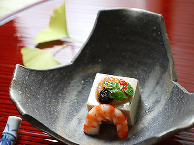 海老芋とフォアグラの豆腐2019.jpg