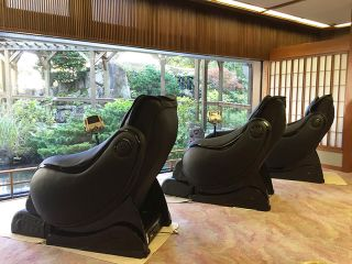 9th floor, massage chairs, free