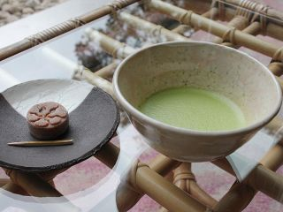 9th floor, matcha(gree tea, service, in the morning)