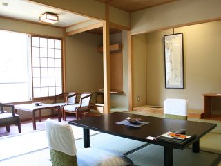 Japanese style room-South bldg.