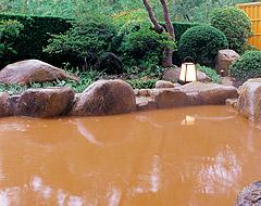 三種のお風呂でお楽しみ頂ける有馬の名湯「金泉」